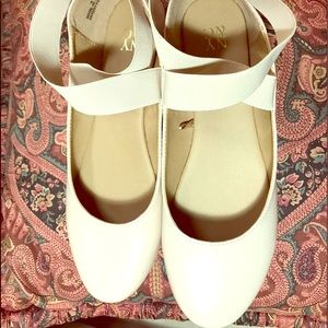 Summer flats from New York n Company